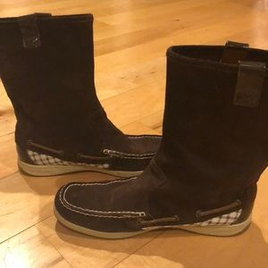 Sperry suede mid calf boot